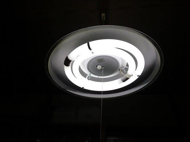 昔ながらの部屋の電気
