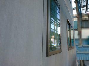 建て方完了後、窓が付きました。